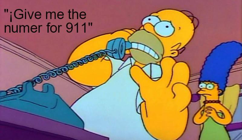 Homer Simpson operadora deme el numero de 911