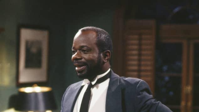 Personaje de Geoffrey el mayordomo en la comedia televisiva el Príncipe de Bel Air
