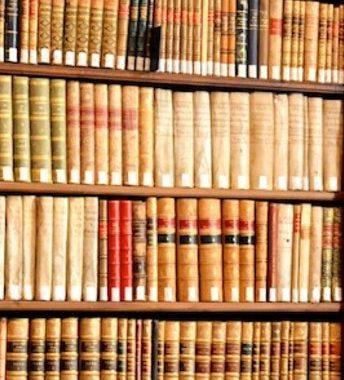 Botón libros personajes históricos