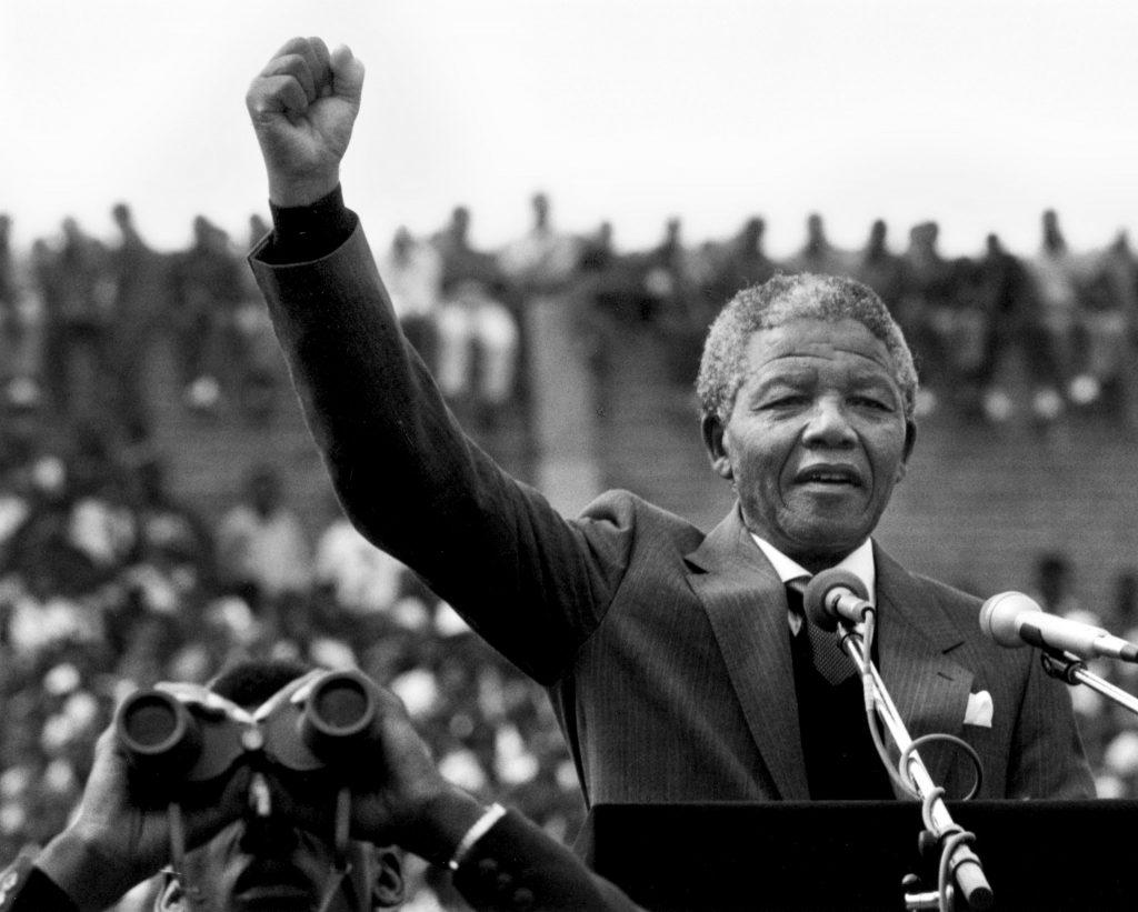 Personajes líderes mundiales históricos más importantes, Nelson Mandela