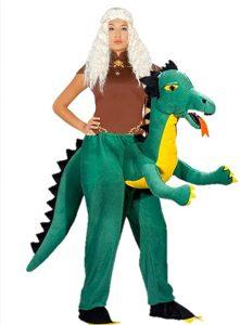 Reina Dragones a hombros de Dragon