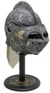 Casco de la armadura de Loras Tyrell, el Caballero de las Flores de Altojardín.