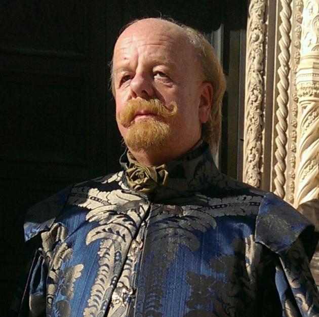 Personajes de GOT Mace Tyrell de Altojardín de la Casa Tyrell, Tierras del Dominio, Guardían del Sur